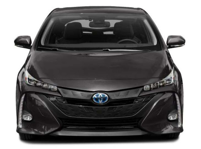 prius-prime-limited-black-headlights-day-time-running-lights-front-fascia