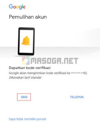 Pemulihan akun bisa mengakses Dapatkan kode verifikasi melalui nomor handphone yang telah terdaftar dan aktif. Google akan mengirimkan berupa kode verifikasi bisa melalui SMS atau TELEPON langsung dari California. Kita bisa memilih sarana menggunakan SMS saja.