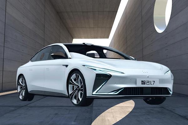 Mobil Listrik Zhiji L7 Asal Cina Ini Bisa Wireless Charging