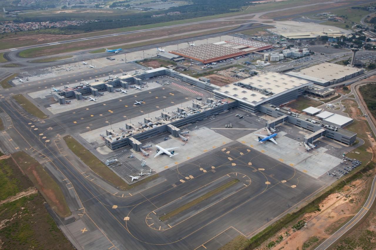 Viracopos apresenta alta do número total de passageiros em março