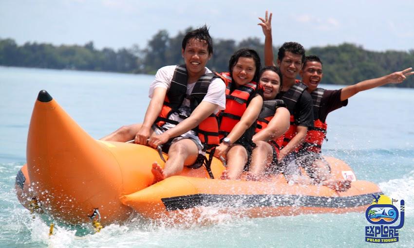 banana boat aktivitas wisata pulau tidung