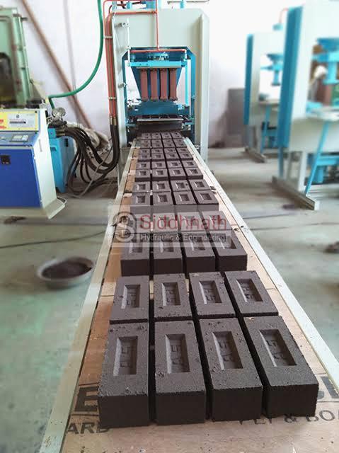 सीमेंट की ईंट बनाने की विधि। fly ash bricks