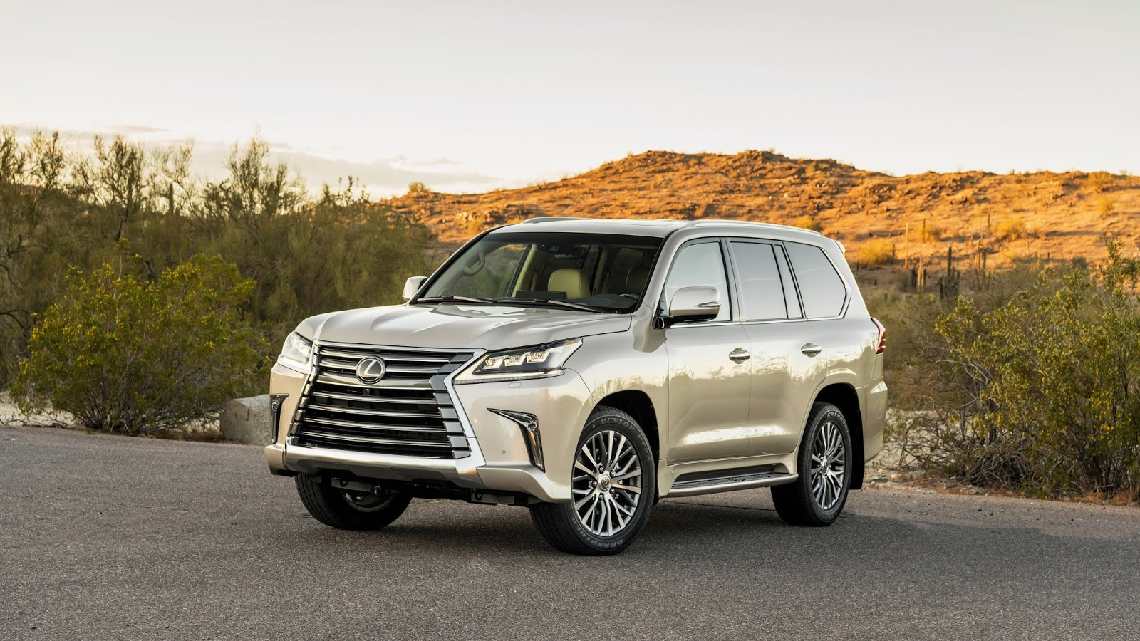 Automotiveblogz: Lexus LX 570 2019