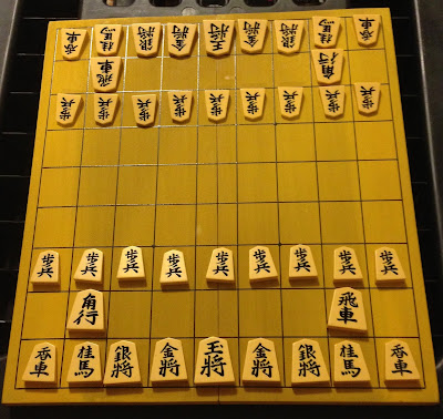 CHESSGI: A HYBRID OF WESTERN CHESS AND CHINESE CHESS