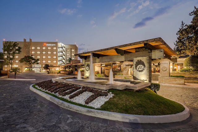 Reserve your stay at Marriott Puebla Hotel Meson del Angel. This hotel showcases two restaurants, 17 event rooms, 24-hour room service and a prime location.
