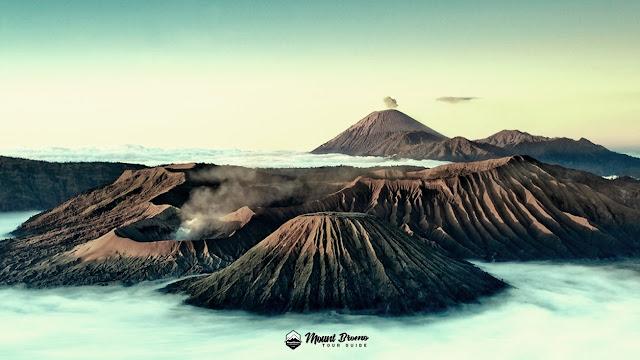Mount Bromo Sunset Photography tour