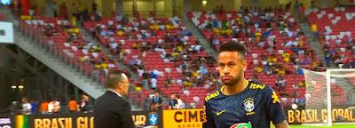 نيمار يخوض المباراة رقم 100 بقميص البرازيل