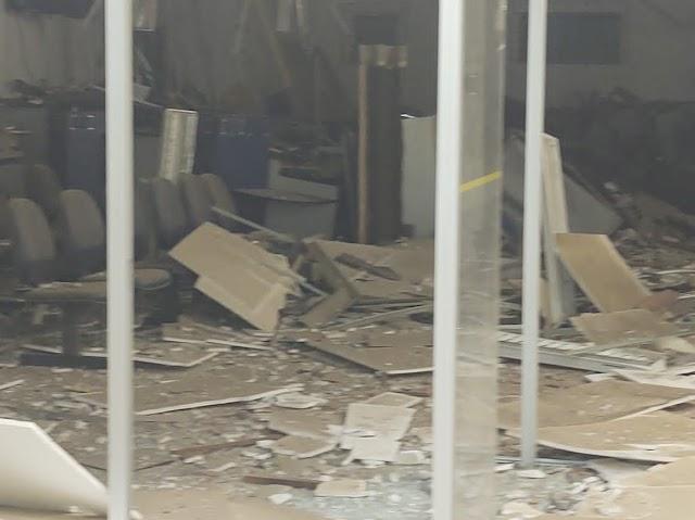 Homens armados explodem agência bancária da cidade de Conceição do Almeida na Bahia