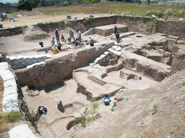 Archaeologists reveal human resilience in face of climate change in Northern Levant during Bronze Age
