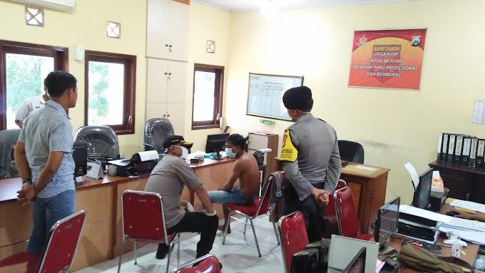Aksi Pencurian Kotak Amal Masjid ,Rusak CCTV Dengan Digigit  , Di Gagalkan Warga.