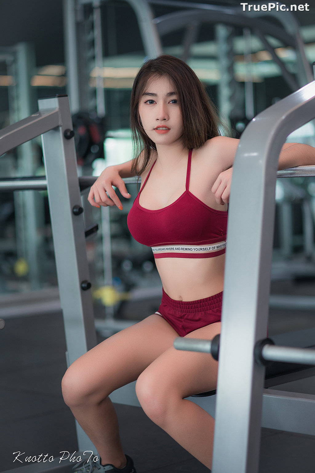 Image Thailand Hot Beauty Model - Nisa Khamarat - Red and Black Fitness Set - TruePic.net - Picture-10