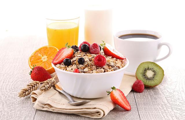 Το πρωινό που βοηθάει στο κάψιμο του λίπους