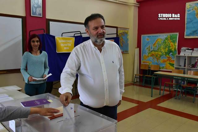 Στην Δαλαμανάρα ψήφισε ο Τάσσος Χειβιδόπουλος