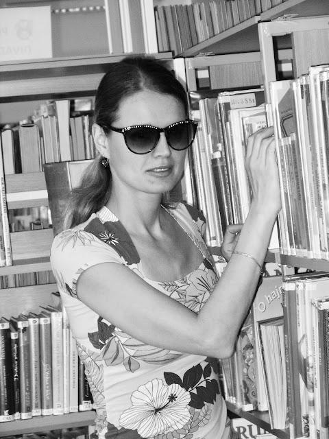 Linda v knihovně