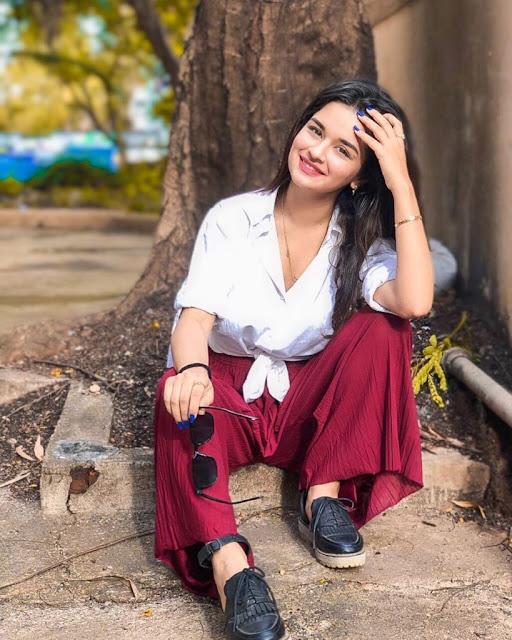 Avneet Kaur Images 16