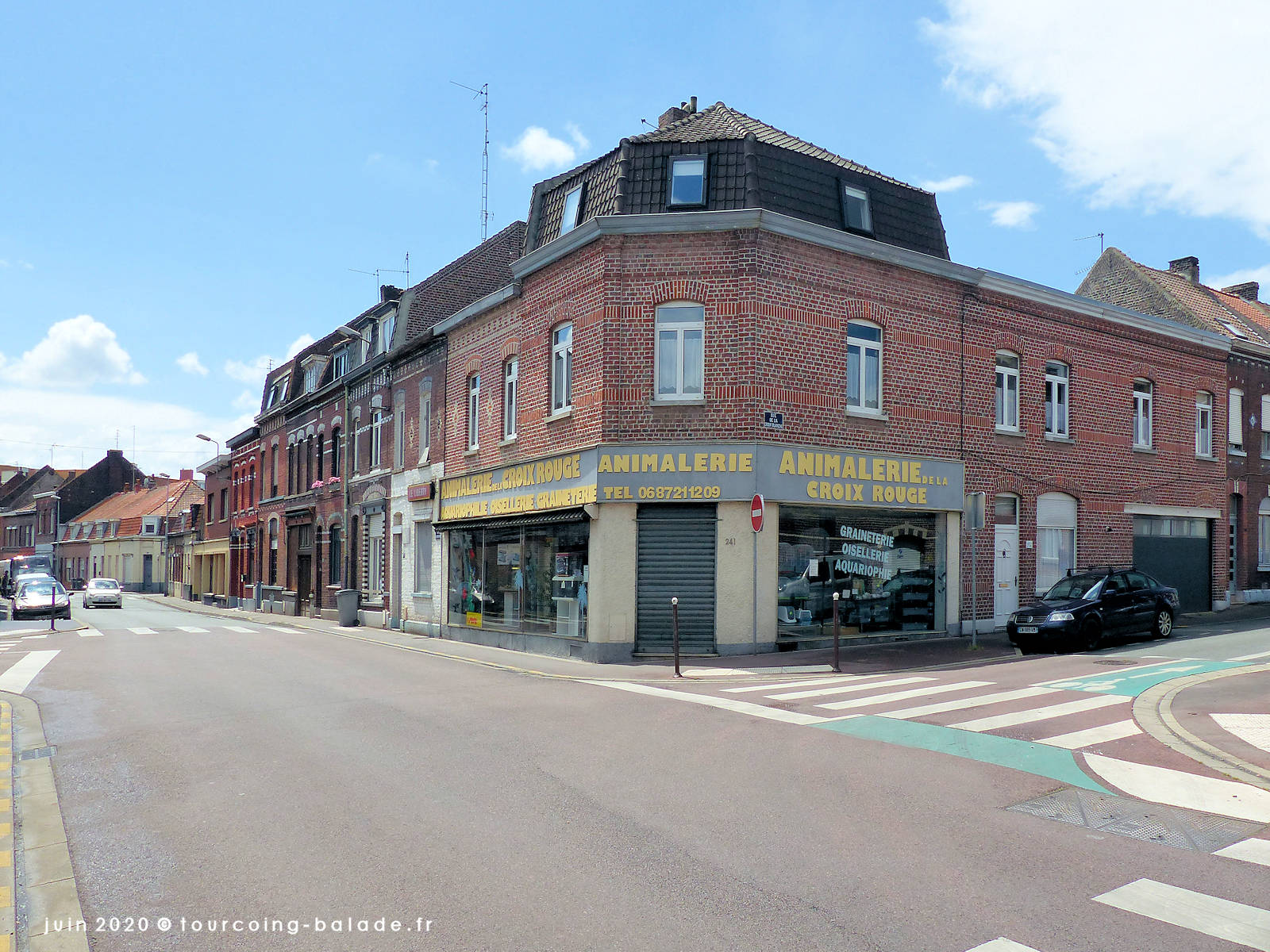 Angle rue Croix Rouge Croix Blanche, Tourcoing 2020