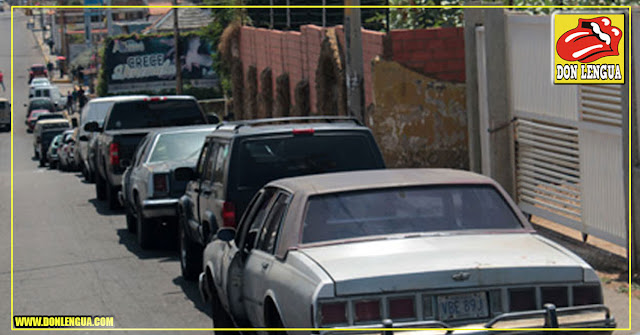 Ocho horas de cola para comprar 30 litros de gasolina en Maracaibo