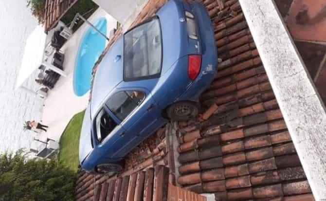 estacionamientos, tejado,
