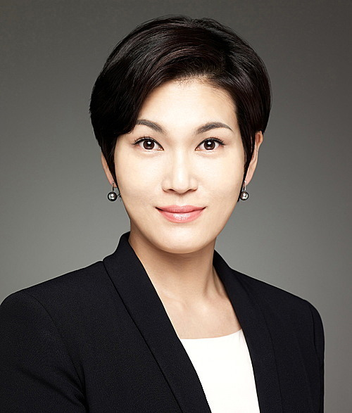 Lee Seo-hyun ($1.2B)