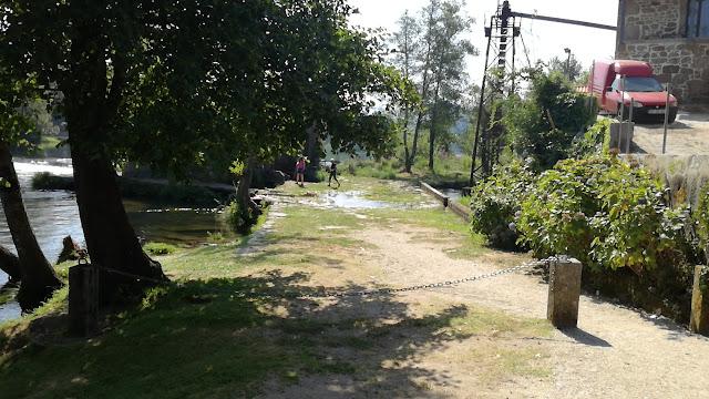 Engenho para elevação de água e rega dos campos agrícolas adjacentes