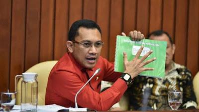 Komisi IV DPR RI menggelar RDP dengan Sekjen Kementrian Pertanian dan Dirjen Hortikultura Kementrian Pertanian