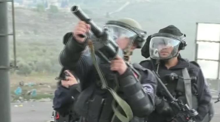 مقتل أربعة فلسطينيين وإصابة 160 في احتجاجات بشأن القدس