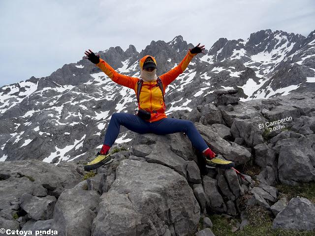Aire en la cima del Camperón en Picos de Europa