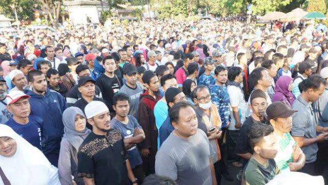 Ahmad Dhani dan Neno Warisman Batal Hadiri Jalan Santai di Solo