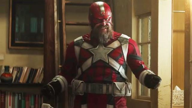 David Harbour como Guardián Rojo. Foto de Disney+.