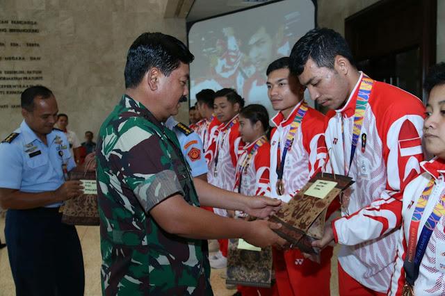 Panglima TNI Bangga Atas Prestasi Tim Karate Indonesia Pada Sea Games 2019