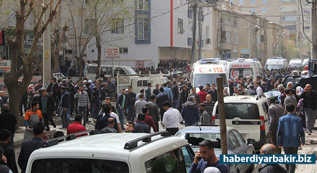 DIYARBAKIR-The details of the explosion are continuing to come in the Directorate of Riot Police Headquarters. The same building was targeted before which left 11 dead and 378 wounds. One person lost his life in the explosion, about 60 people are wounded which 4 of them were seriously injured.
