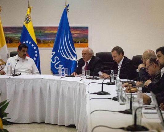 """Compromisos de alto nivel"" incluyen liberación de 71 presos políticos"