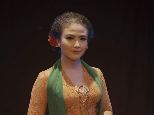 rusmina Dewi