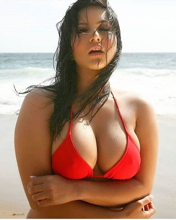 Sunny Leone hot and sexy images | photos | wallpapers