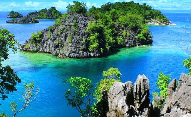 Xvlor.com Labengki Islands drew Love Bay to follow the fantastic karst cluster