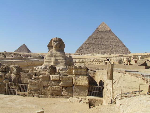 Egypte reis, de piramiden met de sfinx