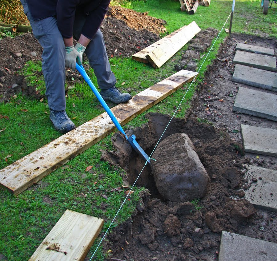 how to make a cement path edge