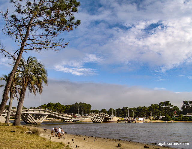 Ponte Ondulante, Punta del Este, Uruguai