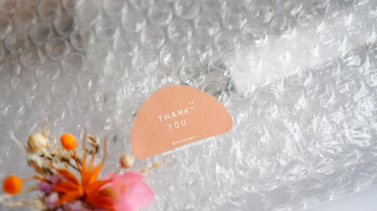 close up thank you sticker di kemasan