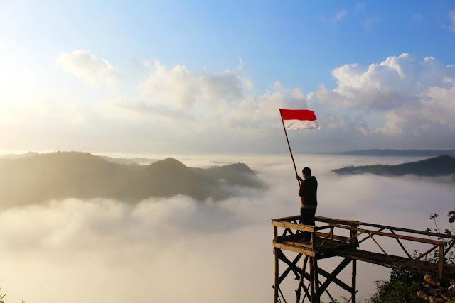 pemandangan dari bukit panguk