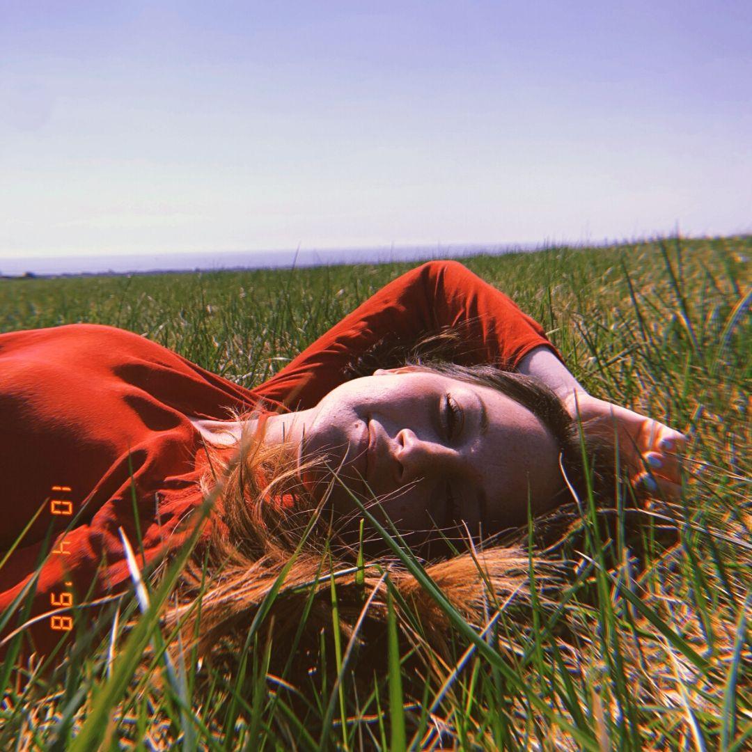 "Meg Lawrenson shares anthemic new single ""Use My Body"""