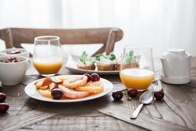 simple-fruit-juice-breakfast-drink