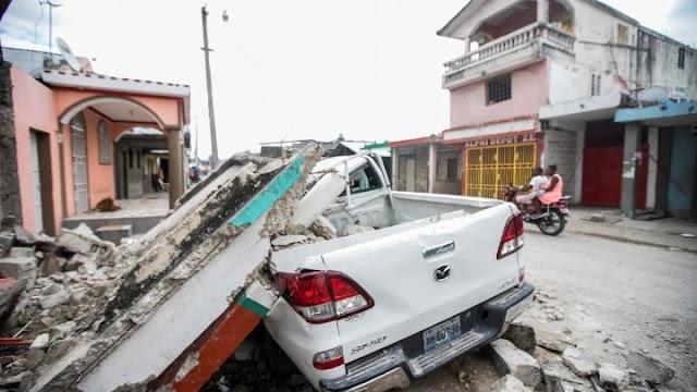 1.300 νεκροί στην Αϊτή από τον σεισμό των 7,2 Ρίχτερ