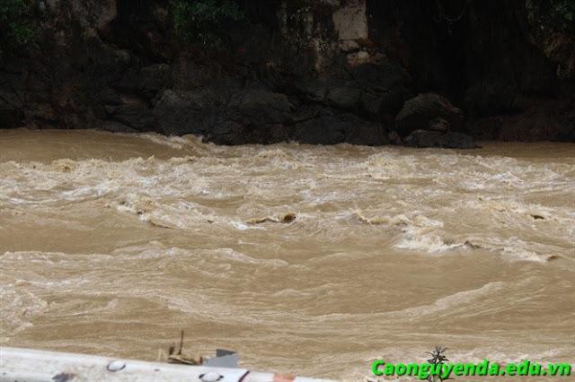 Nước lũ ở Hà Giang