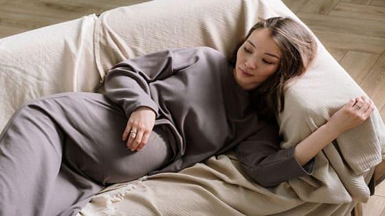 كثرة النوم للحامل...نافع أم ضار؟