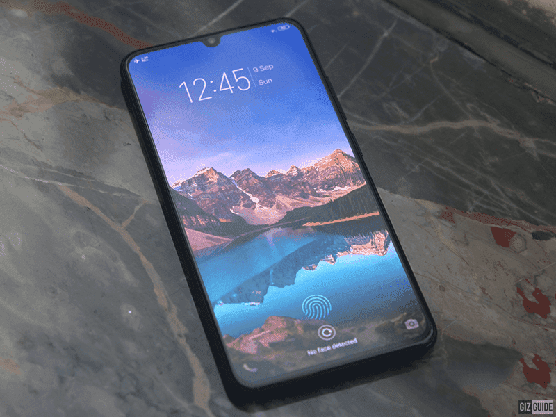 Vivo V11 with In-Display fingerprint reader