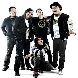 https://www.musikopo.xyz/2019/07/download-koleksi-lagu-rocket-rockers.html