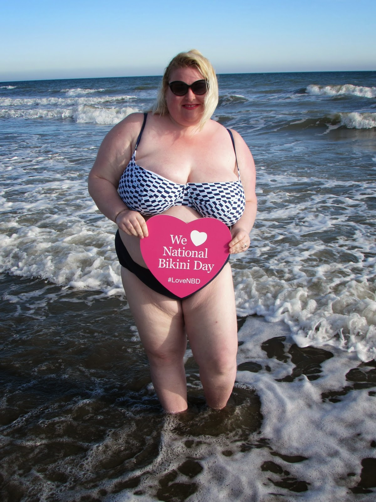 Mature bbw in swimsuits