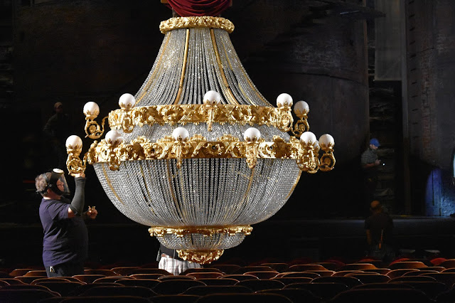 Phantom of the Opera chandelier, Detroit