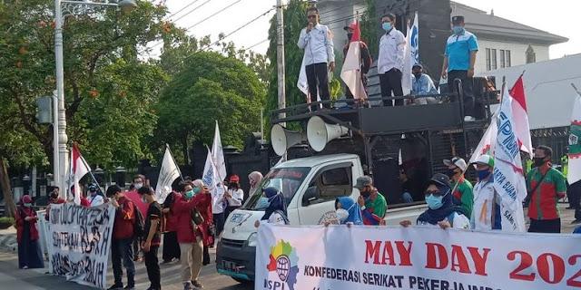 Orator May Day: Jokowi Enggak Datengin Buruh, tapi Nikahan Atta-Aurel Dateng